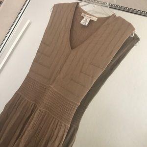 MAX STUDIO Elegant Spring Sweater Dress in Beige